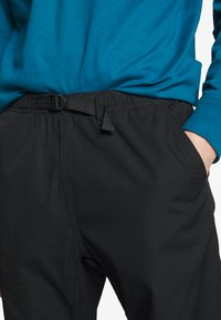 Carhartt WIP - CLOVER PANT LANE - Pantalon classique - black rinsed - 5