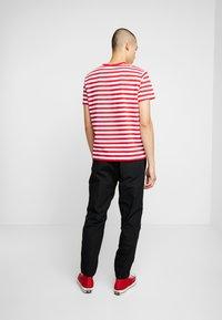 Carhartt WIP - COLEMAN PANTS - Trousers - black/wax - 2