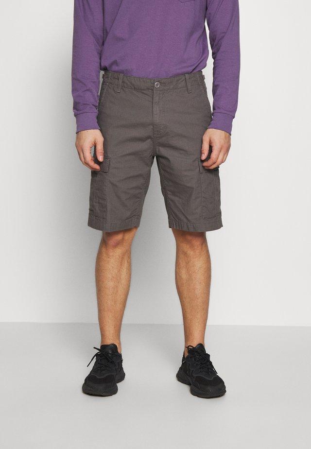 AVIATION COLUMBIA - Shorts - air force grey