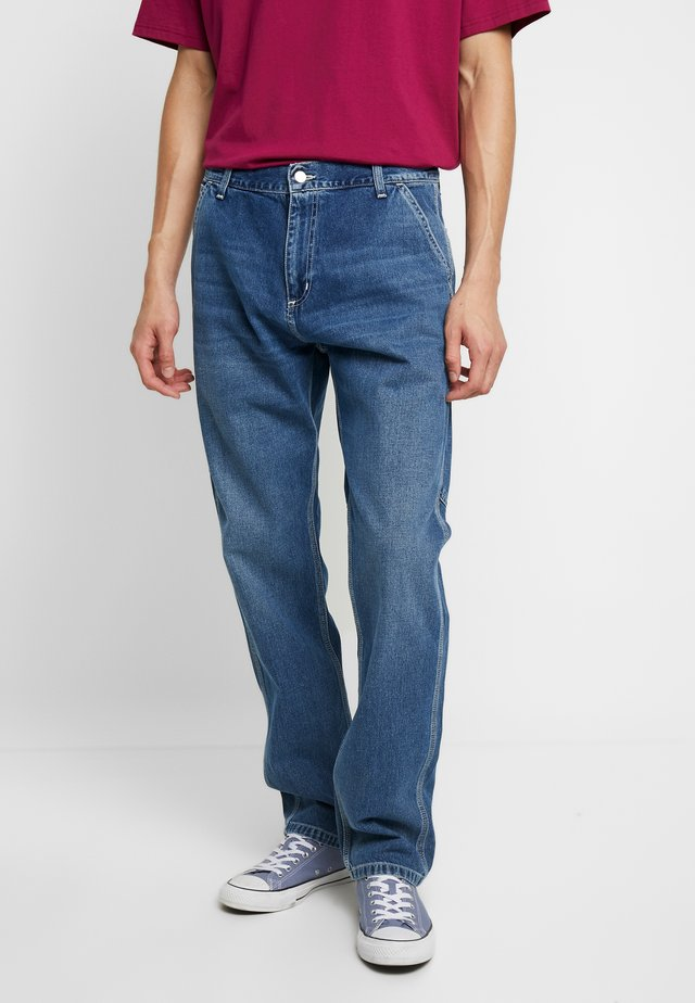 RUCK SINGLE KNEE PANT - Jeans a sigaretta - blue mid worn wash