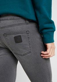 Carhartt WIP - REBEL PANT MARGATE - Jeans slim fit - black - 5