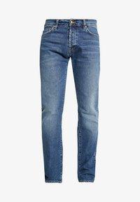 Carhartt WIP - KLONDIKE MILLS - Džíny Straight Fit - blue stone - 5