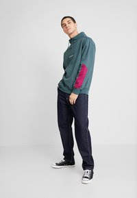 Carhartt WIP - PENROD PANT MAITLAND - Džíny Relaxed Fit - blue rinsed - 1
