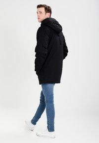 Carhartt WIP - SIBERIAN DEARBORN - Winter coat - black - 3