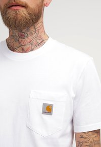 Carhartt WIP - POCKET - T-shirt basique - white - 3