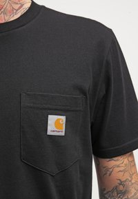 Carhartt WIP - POCKET - T-shirt basic - black