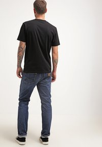 Carhartt WIP - POCKET - T-shirt - bas - black - 2