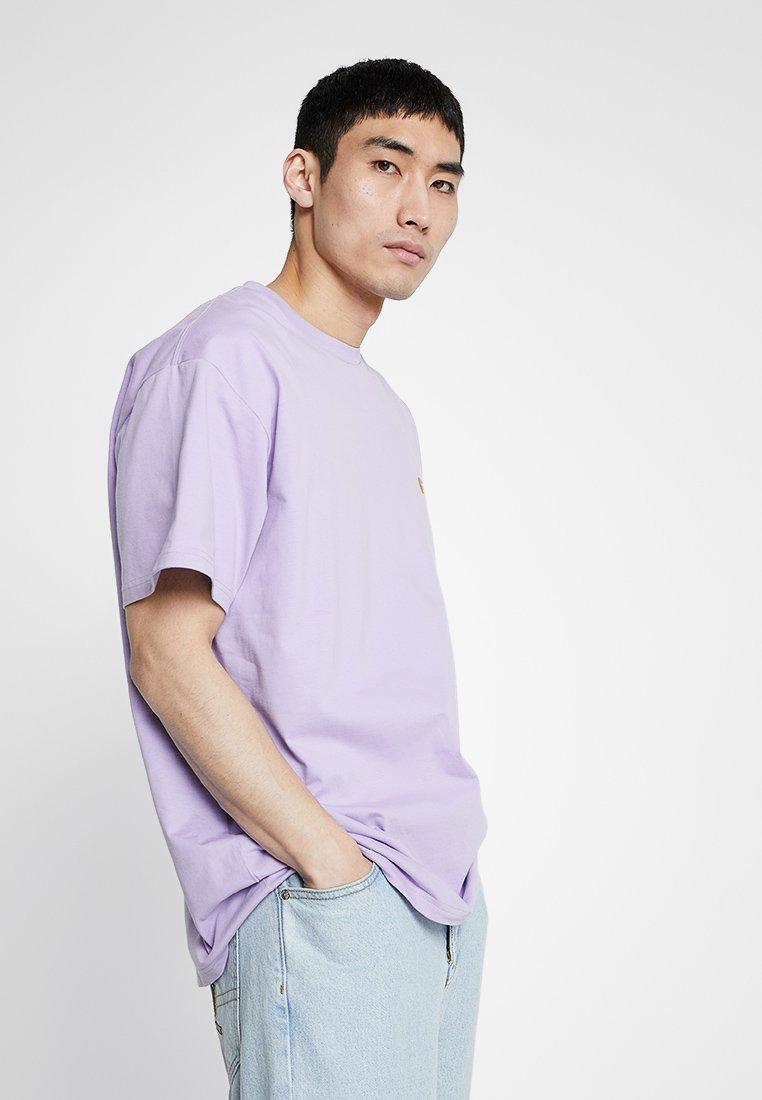 Carhartt WIP - CHASE  - Basic T-shirt - soft lavender/gold