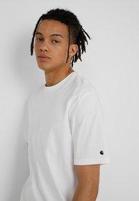 Carhartt WIP - BASE  - T-shirt basique - white - 3