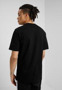 Carhartt WIP - BASE  - Basic T-shirt - black/white - 2