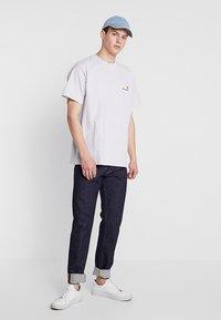 Carhartt WIP - AMERICAN SCRIPT  - T-shirt basic - ash heather - 1