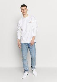 Carhartt WIP - AMERICAN  - Pitkähihainen paita - white - 1
