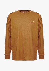 Carhartt WIP - AMERICAN SCRIPT LONGSLEEVE - Pitkähihainen paita - hamilton brown - 4