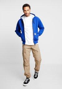Carhartt WIP - MOCKNECK SCRIPT EMBROIDERY - Långärmad tröja - white/black - 1
