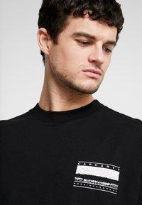 Carhartt WIP - STACK  - T-shirt à manches longues - black - 3