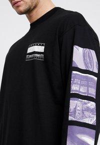 Carhartt WIP - STACK  - T-shirt à manches longues - black - 5