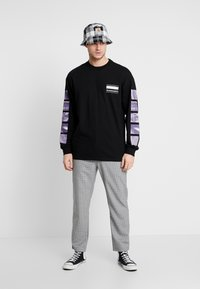Carhartt WIP - STACK  - Långärmad tröja - black - 1