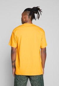 Carhartt WIP - MONTEGO - Print T-shirt - sunflower - 2