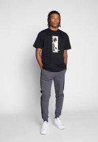 Carhartt WIP - MONTEGO - T-shirt med print - black - 1