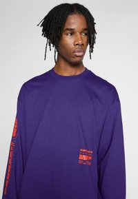 Carhartt WIP - INTER - T-shirt à manches longues - purple - 3