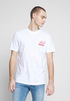 BENE - T-shirt imprimé - white/red