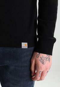 Carhartt WIP - PLAYOFF TURTLENECK - Jersey de punto - black rigid - 4