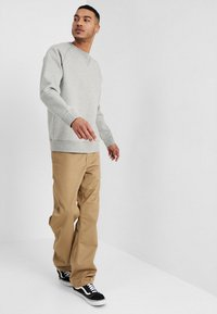 Carhartt WIP - CHASE  - Sweatshirt - grey heather/gold - 1