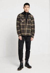 Carhartt WIP - CHASE NECK ZIP  - Sweatshirt - black/gold - 1