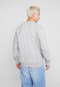 Carhartt WIP - SCRIPT EMBROIDERY - Sweatshirt - grey heather/black - 2