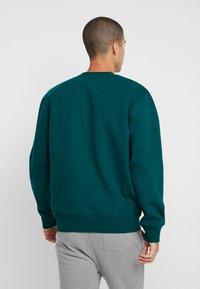 Carhartt WIP - THEORY  - Sweatshirt - dark fir - 2