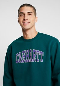 Carhartt WIP - THEORY  - Sweatshirt - dark fir - 4