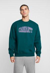 Carhartt WIP - THEORY  - Sweatshirt - dark fir - 0