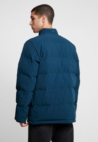 Carhartt WIP - ALPINE COAT - Winterjas - duck blue/black - 3