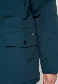 Carhartt WIP - ANCHORAGE - Chaqueta de invierno - duck blue - 6
