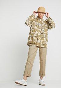 Carhartt WIP - BALFOUR JACKET - Summer jacket - brush/sandshell - 1