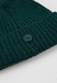 Carhartt WIP - ANGLISTIC BEANIE  - Lue - dark fir heather - 5