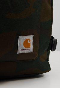 Carhartt WIP - PHILIS BACKPACK - Reppu - evergreen - 6