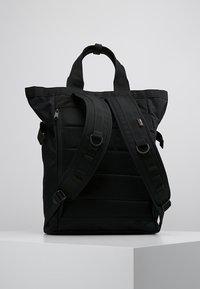 Carhartt WIP - PAYTON CARRIER BACKPACK - Batoh - black/white - 2