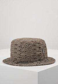 Carhartt WIP - TYPO BUCKET HAT - Hut - tobacco - 2