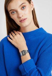 Casio - Digitální hodinky - silver-coloured - 1