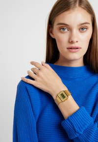 Casio - Digitalklokke - gold-coloured - 1