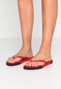 Calvin Klein Swimwear - Boty do bazénu - lychee - 0