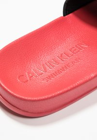 Calvin Klein Swimwear - SLIDE - Pantofle - flame scarlet - 2