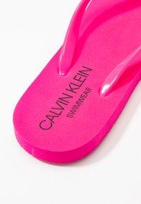 Calvin Klein Swimwear - Tongs - pink glow - 2