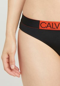 Calvin Klein Swimwear - ICON CLASSIC - Bikini bottoms - black - 5