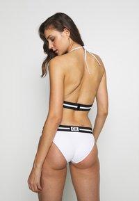 Calvin Klein Swimwear - CORE RESET CLASSIC - Braguita de bikini - classic white - 2