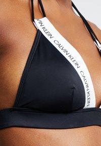 Calvin Klein Swimwear - LOGO FIXED TRIANGLE - Bikinitoppe - black - 4