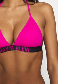 Calvin Klein Swimwear - INTENSE POWER FIXED TRIANGLE - Bikiniyläosa - pink - 5
