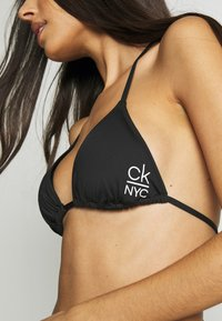 Calvin Klein Swimwear - TRIANGLE - Bikini top - black - 5