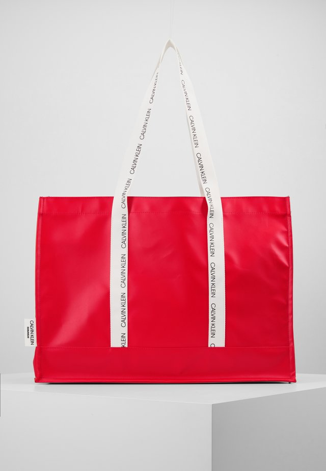 LOGO SQUARE TOTE - Shopping Bag - high risk